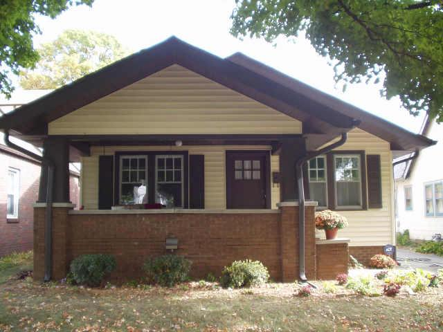 1927 Craftsman Bungalow In Indianapolis Indiana