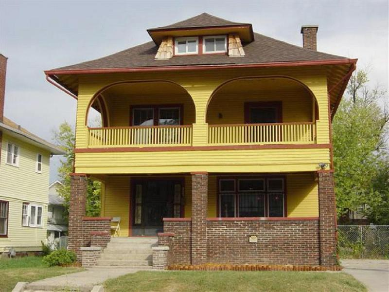 1915 American Foursquare in Indianapolis Indiana OldHousescom
