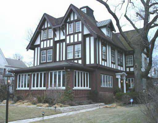 1912 tudor revival in evanston illinois for Tudor style house for sale