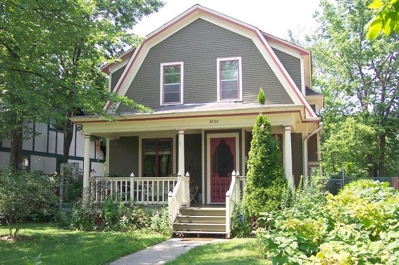 1906 Dutch Colonial In Minneapolis Minnesota