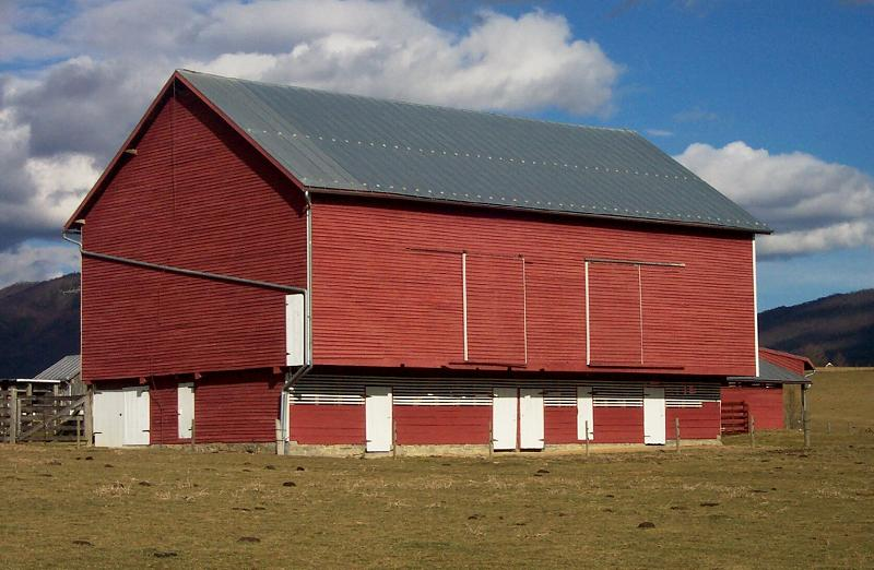 c. 1870 Farmhouse in New Market, Virginia - OldHouses.com