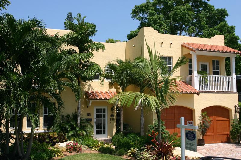 1928 Mediterranean Revival In Fort Lauderdale Florida