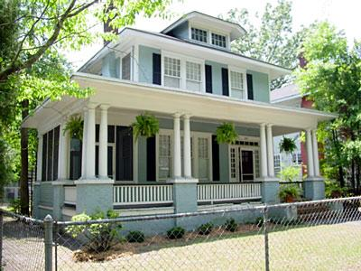 1920 american foursquare victorian details in savannah for Four square home designs