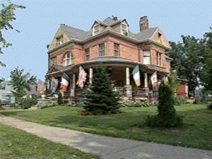 1864 Victorian: Queen Anne photo