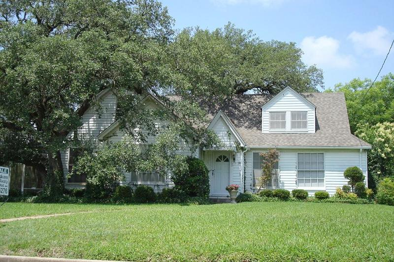 Large Oaks Shade This 1941 Traditional