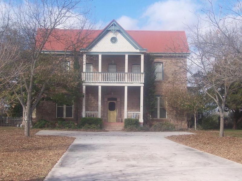 C 1888 Victorian In Marble Falls Texas Oldhouses Com