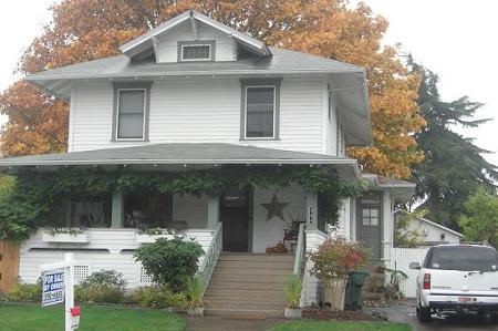 1907 Craftsman Foursquare photo