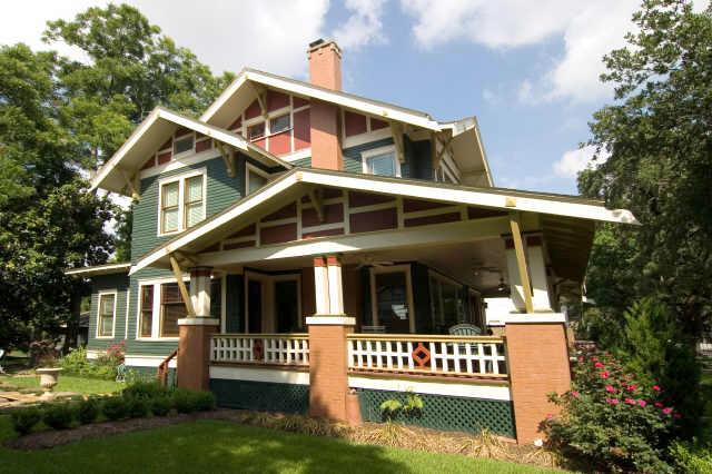 1912 arts crafts craftsman in houston texas for Craftsman homes for sale in texas