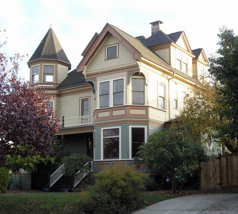 1894 victorian in seattle washington for Queen anne victorian house
