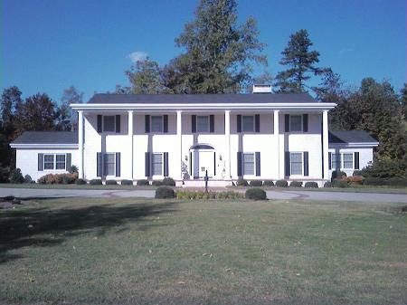 1965 Southern Colonial photo