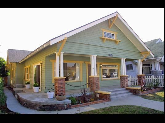 1914 craftsman bungalow in san pedro california for New craftsman homes for sale