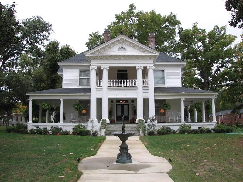 1905 Greek Revival