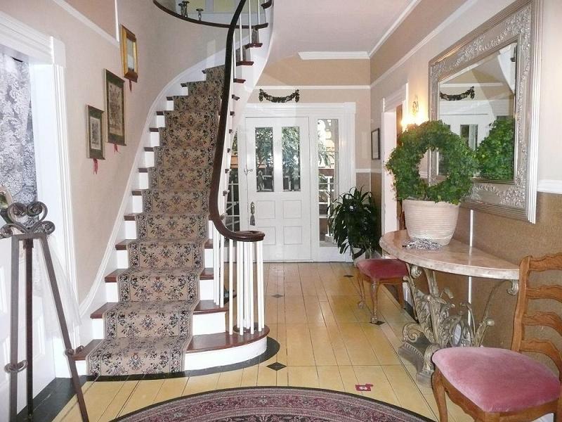 House Foyer Xl : B lodge hotel in benicia california
