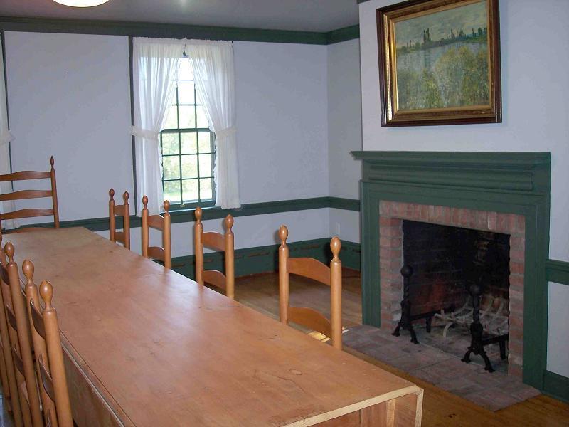 C 1700 georgian colonial in cambridge new york - Private dining rooms cambridge ...