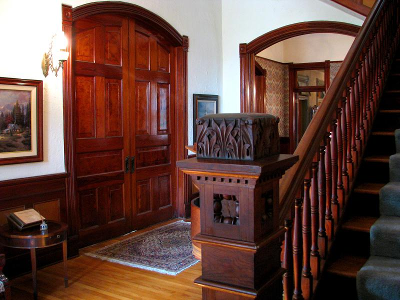 Grand Foyer Xl : Victorian in comfort texas oldhouses