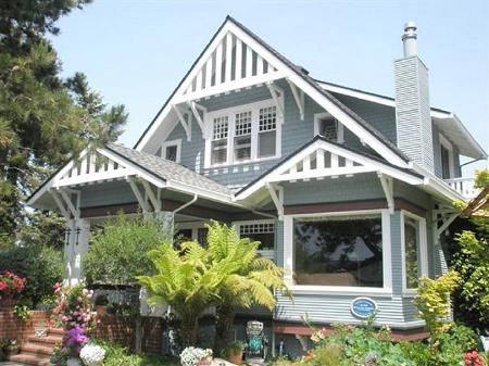 1870 Craftsman Bungalow photo