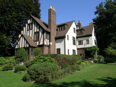1923 Tudor Revival photo