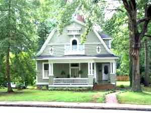 1900 Dutch Colonial In Anderson South Carolina Oldhouses Com