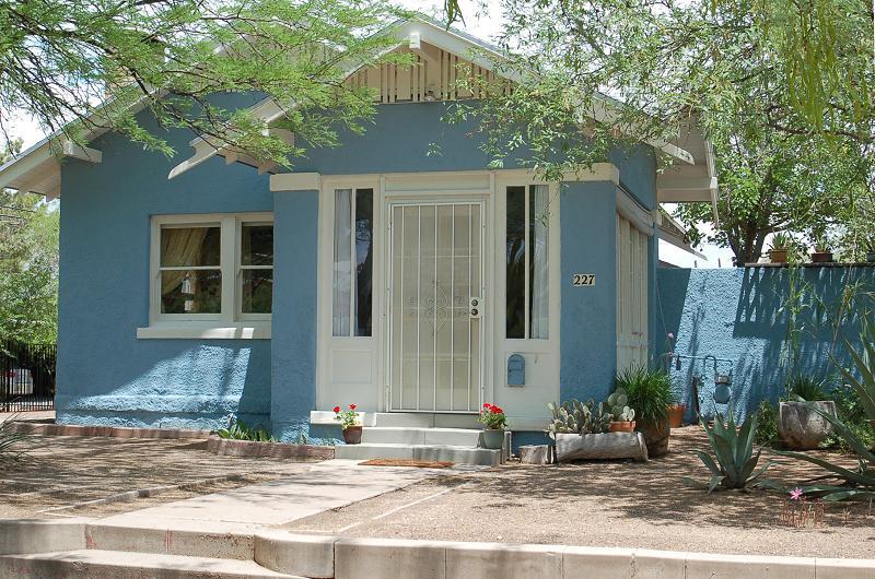 1920 California Bungalow In Tucson Arizona Oldhouses Com