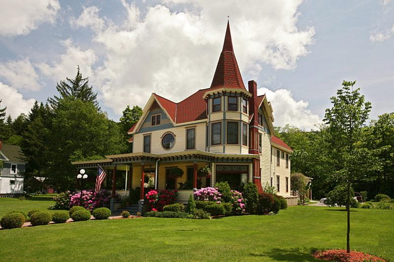 1895 Victorian Queen Anne In Andes New York Oldhouses Com