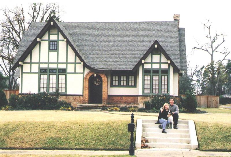 1927 tudor revival in texarkana arkansas - Tudor revival exterior paint colors ...