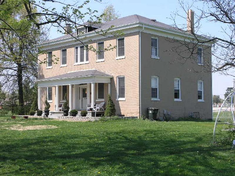 Beautiful Historic Home on 3.8 Acres