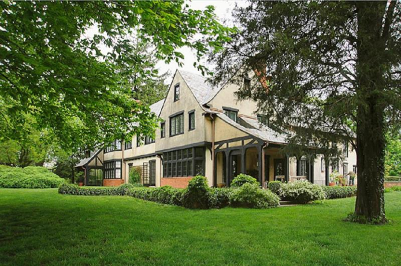 1929 tudor revival in annapolis maryland for Tudor style homes for sale