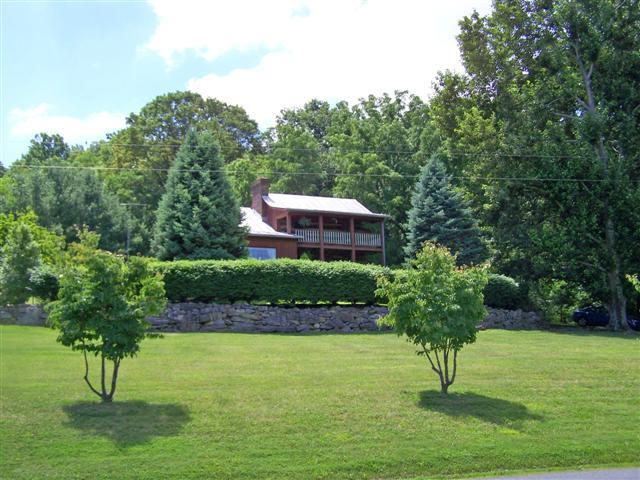Home on 1.33 acre lot