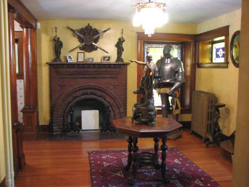 Grand Foyer Xl : Castle in manhattan kansas oldhouses
