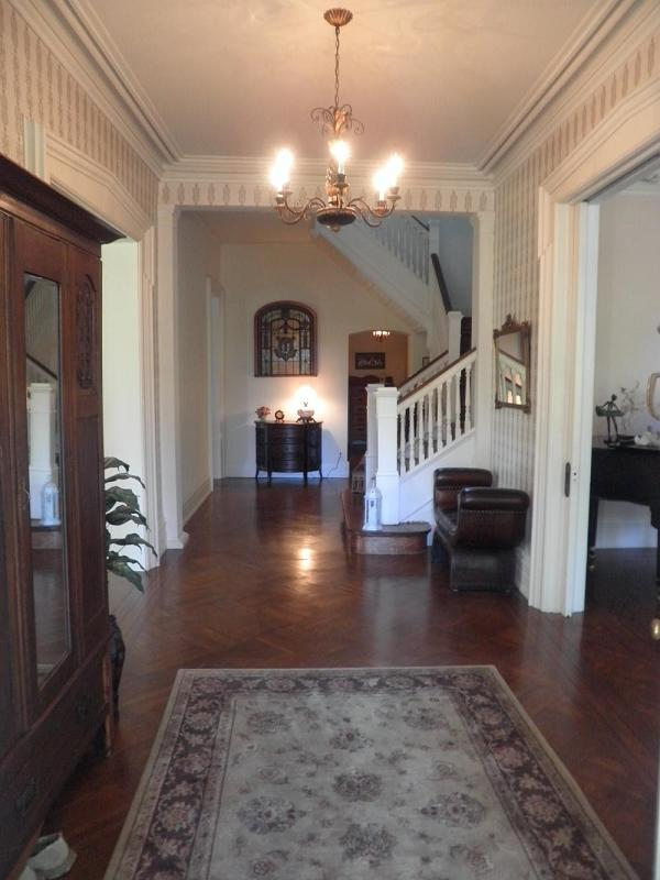 House Foyer Xl : C victorian in lockport new york oldhouses