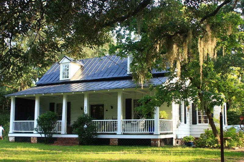 C 1800 Farmhouse In Walterboro South Carolina