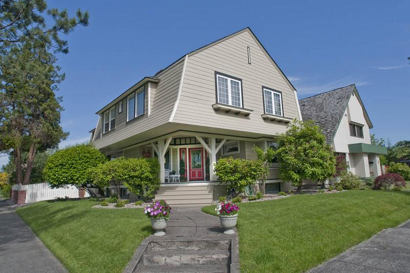 C 1909 dutch colonial in centralia washington for Dutch colonial house for sale
