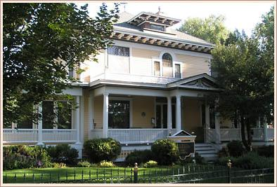 1904 American Foursquare photo