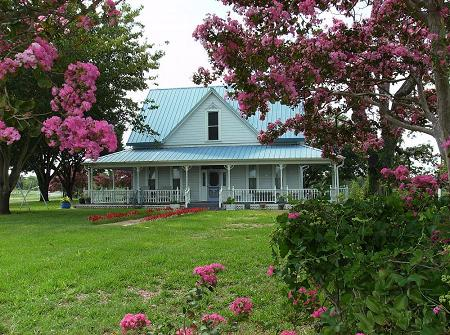 1892 Farmhouse photo