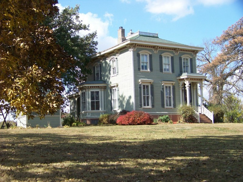 1870 Italianate In Centerville Iowa Oldhouses Com