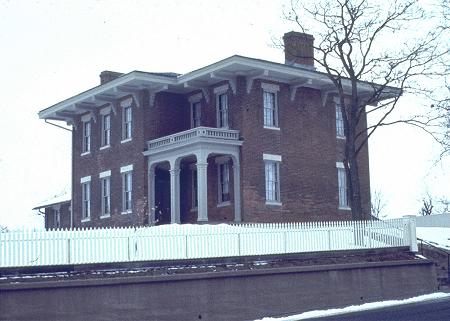 1860 Italianate photo