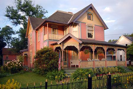 1883 Victorian: Queen Anne photo