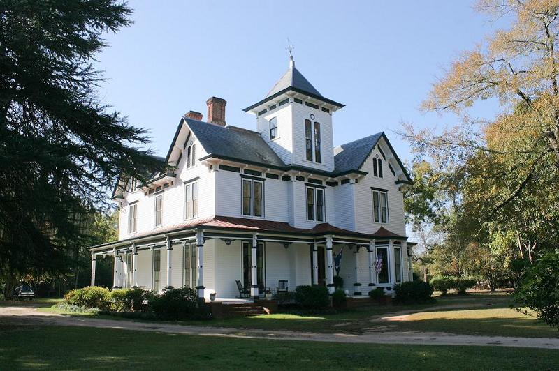 Victorian italianate in wedgefield near sumter south for Italianate homes for sale