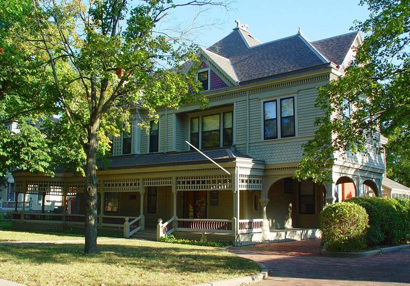 Historic House Museums and Public Spaces - OldHouses.com on