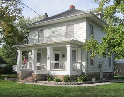 1900 American Foursquare photo