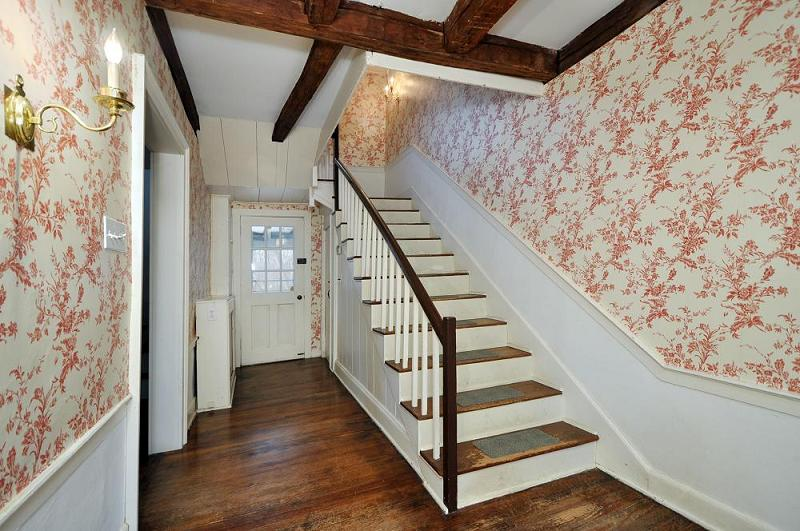 Grand Foyer Xl : C farmhouse in scotch plains new jersey oldhouses
