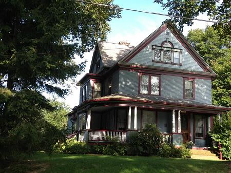 1882 Victorian: Queen Anne photo