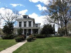 1840 Farmhouse photo