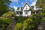 Shaw House image
