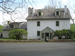 1717 Farmhouse photo