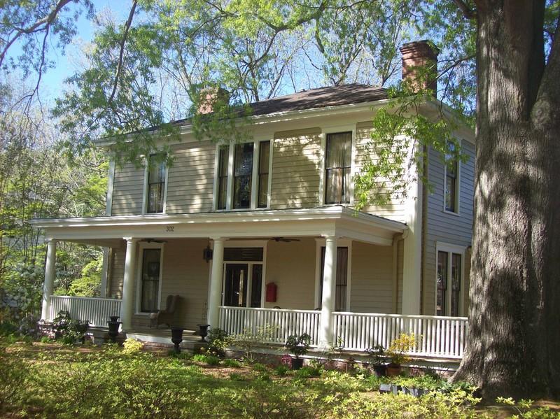 Historical Foursquare House Plan 31512gf: 1915 American Foursquare In Louisburg, North Carolina