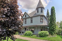 1885 Victorian: Queen Anne photo