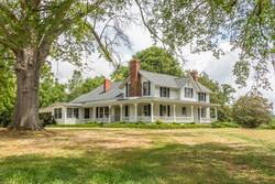 1890 Farmhouse photo