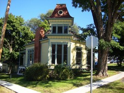 1880 Victorian: Eastlake photo