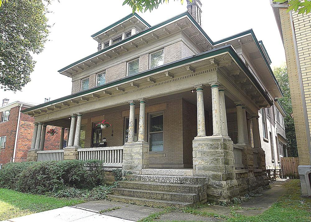 C 1901 american foursquare in columbus ohio for American foursquare homes for sale
